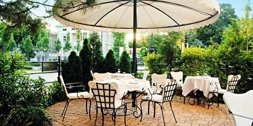 £132 -- Budapest: 2-Night Stay w/Upgrade, Breakfast & Wine