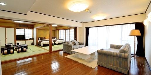 ¥14,040 -- 熱海 4月オープン全8室の隠れ宿 80平米客室2食付 5,400円引