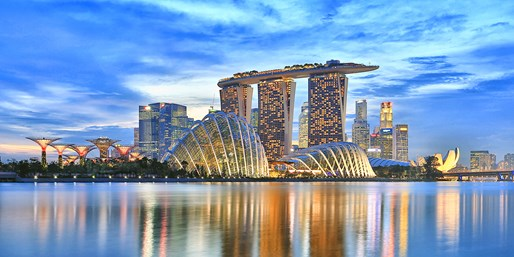 Singapore 4-Star Trip w/Nonstop United Air, From $955
