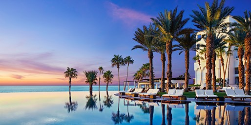 Cabo Luxe Hilton: Oceanview Room + $50 Daily Credit
