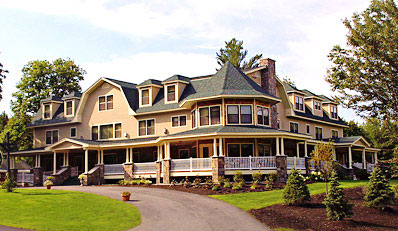 $179 - New Hampshire 4-Diamond Inn w/Dinner, Reg. $383