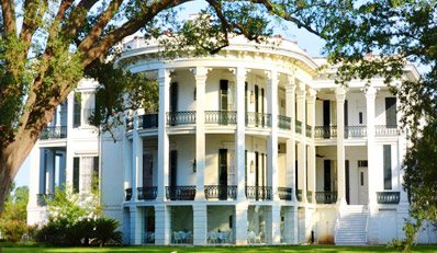 $169 - Louisiana: 4-Star Antebellum Mansion Escape w/Dinner