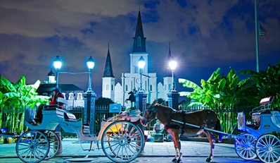 $85 -- French Quarter Getaway with Parking and Cocktails