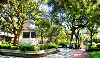 $95 -- Savannah Historic Inn Retreat w/Parking and Credit