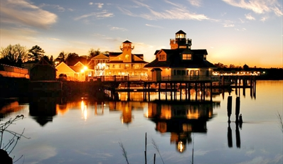 $129 -- Virginia Riverfront Inn w/Champagne, Reg. $229