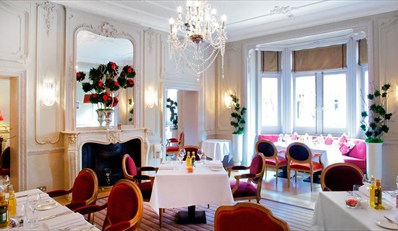 £65 -- The Cadogan: Champagne Dinner for 2, Reg £126