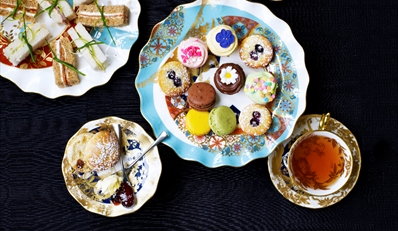 £20 -- Champagne & Chocolate Afternoon Tea, Reg £39