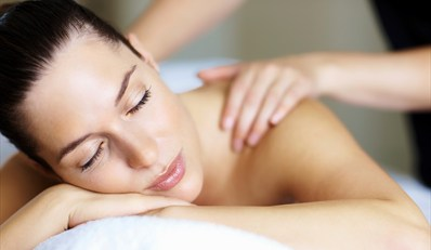 £41 -- Spa Day inc 2 Treatments at Country Manor, Reg £82