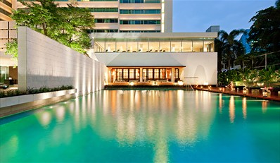 £65 --  Luxury Bangkok Stay w/Drinks & Upgrade