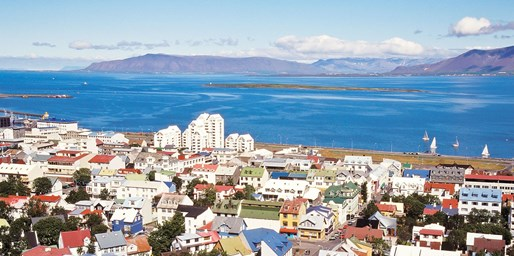 $999 & up -- Iceland 3-Night Vacation w/Air & Transfers