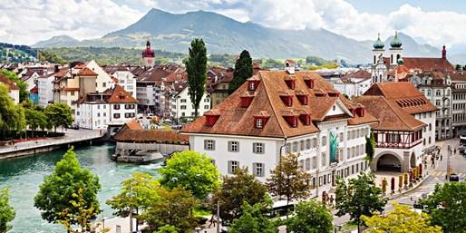$1156 -- Europe: Visit 7 Countries in 9 Nights