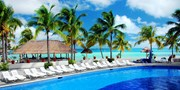 $699 -- Cancun Weeklong Beach Trip from NYC w/Meals & Drinks