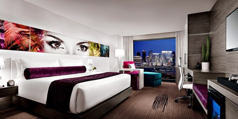 $52 -- Vegas: Palms 4-Star Resort w/Upgrade & Breakfast