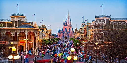 $89 -- Orlando 4-Star Resort w/Shuttles to Parks, 45% Off