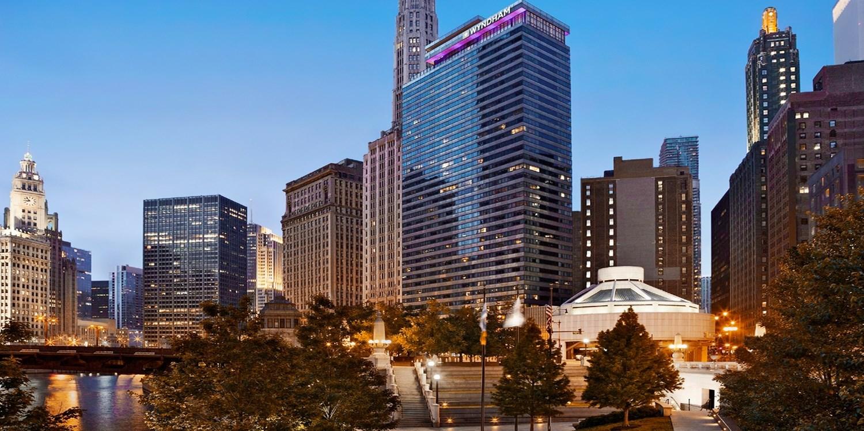 $89 – Chicago Riverfront:4-Star Wyndham w/Breakfast, Save 40% -- Chicago, IL