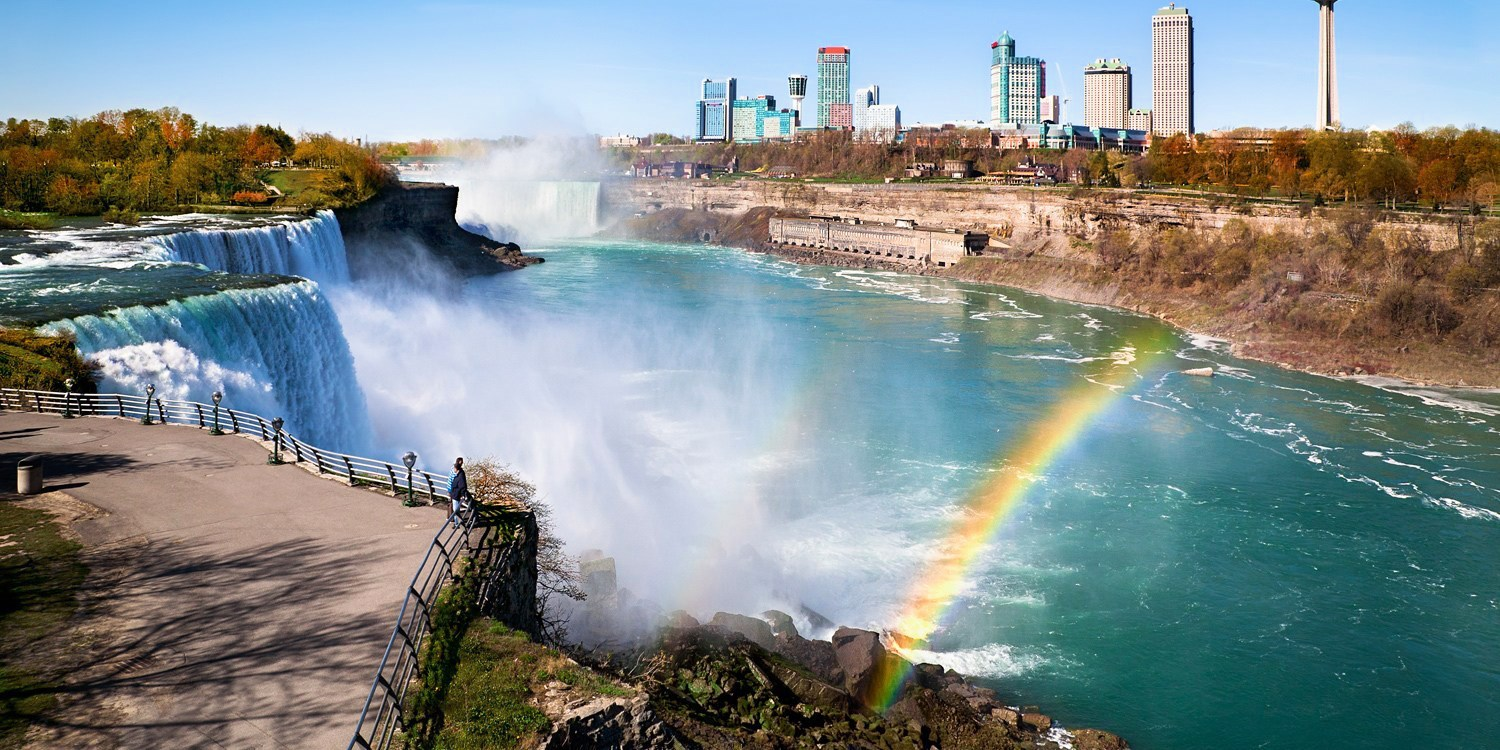 $89 -- Niagara Getaway w/$30 Dining Credit, Save 50%