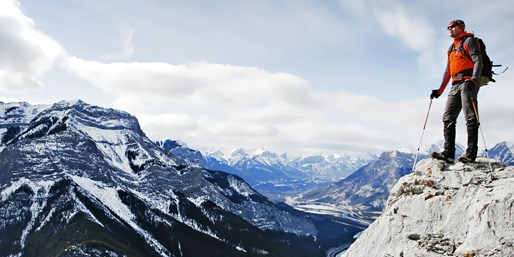 $54 -- Banff Retreat w/$25 Dining Credit, Reg. $82