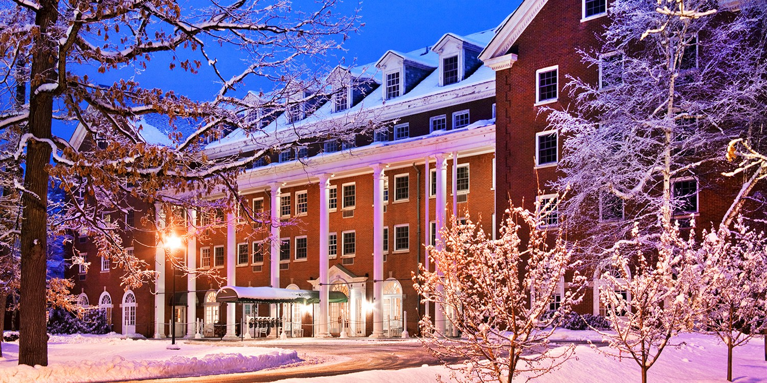 $129 -- Saratoga Springs Resort w/Breakfast & Spa Credit