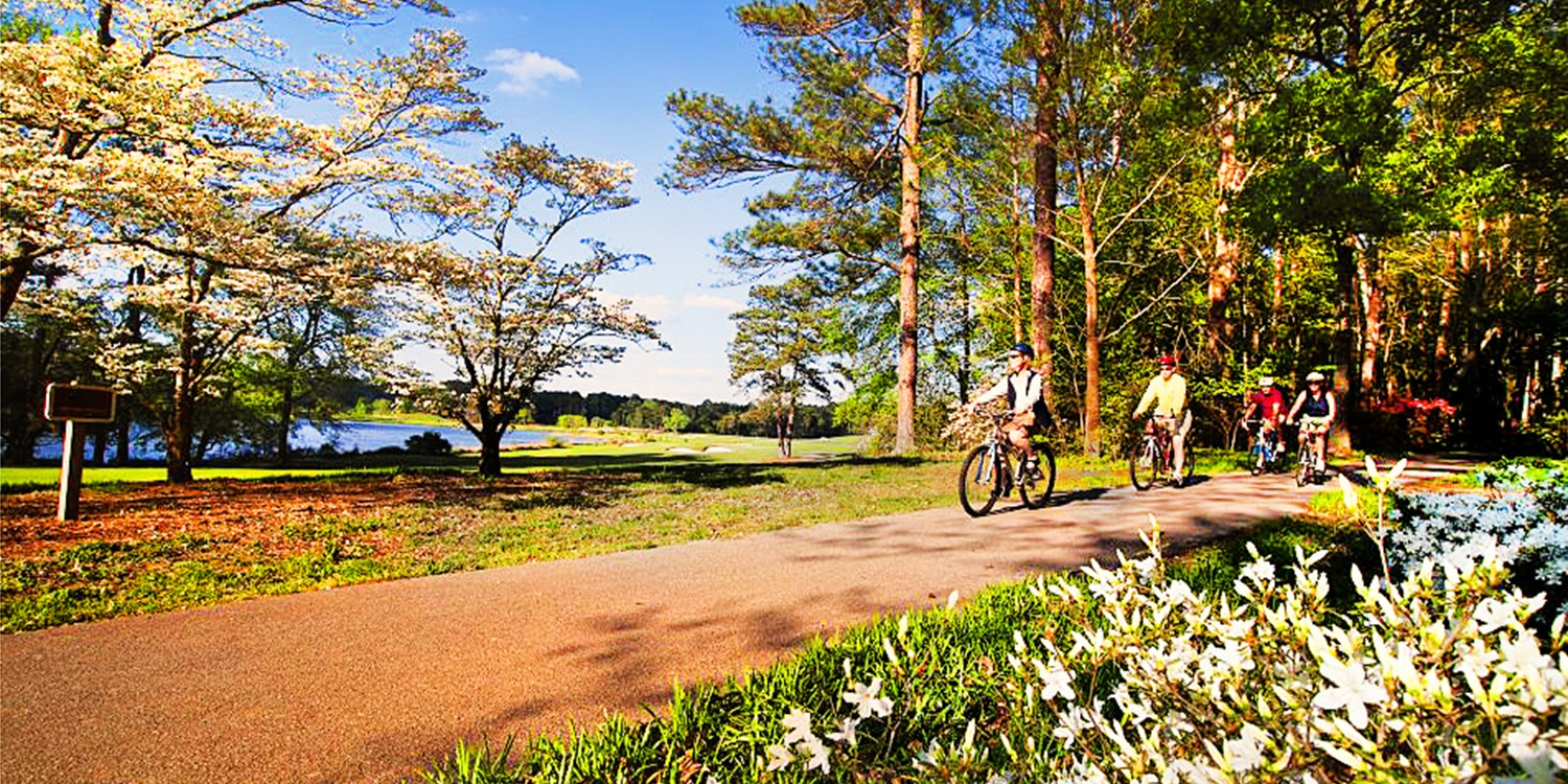 $99 -- Callaway Gardens Fall Retreat w/$165 in Activities
