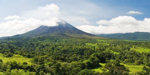 $667 & up -- 5-Nt. Costa Rica Vacation w/Air, Hotels & Car