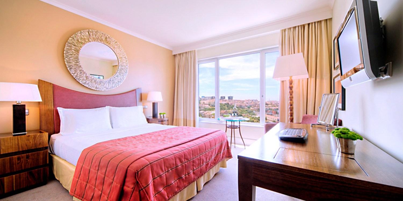 68€ -- Hotel 5* Lisboa con excelentes Valoraciones, - 50%