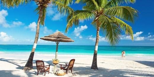 £1015pp -- Antigua: 7-Nt Luxury Escape w/BA Flts, £600 Off