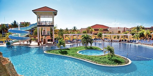$705 & up -- Varadero: Beachfront All-Inclusive w/Air