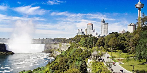 $119-$139 -- Niagara Falls Bundle, incl. Weekends, 60% Off