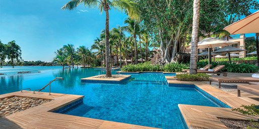 £1099pp -- 5-Star Mauritius Escape w/Flts & Meals, Save £671