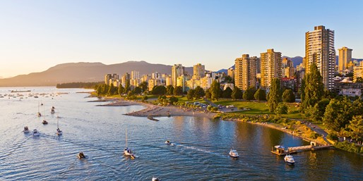 Travelzoo Deal: $90 -- Downtown Vancouver Stay incl. $85 in Extras, 40% Off
