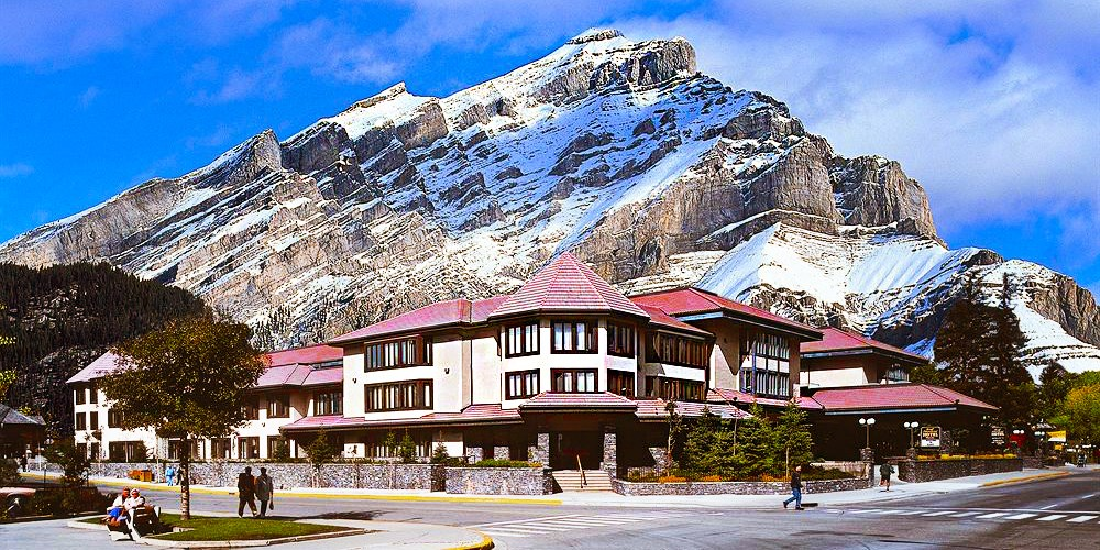 The Elk & Avenue Hotel -- Banff, Canada