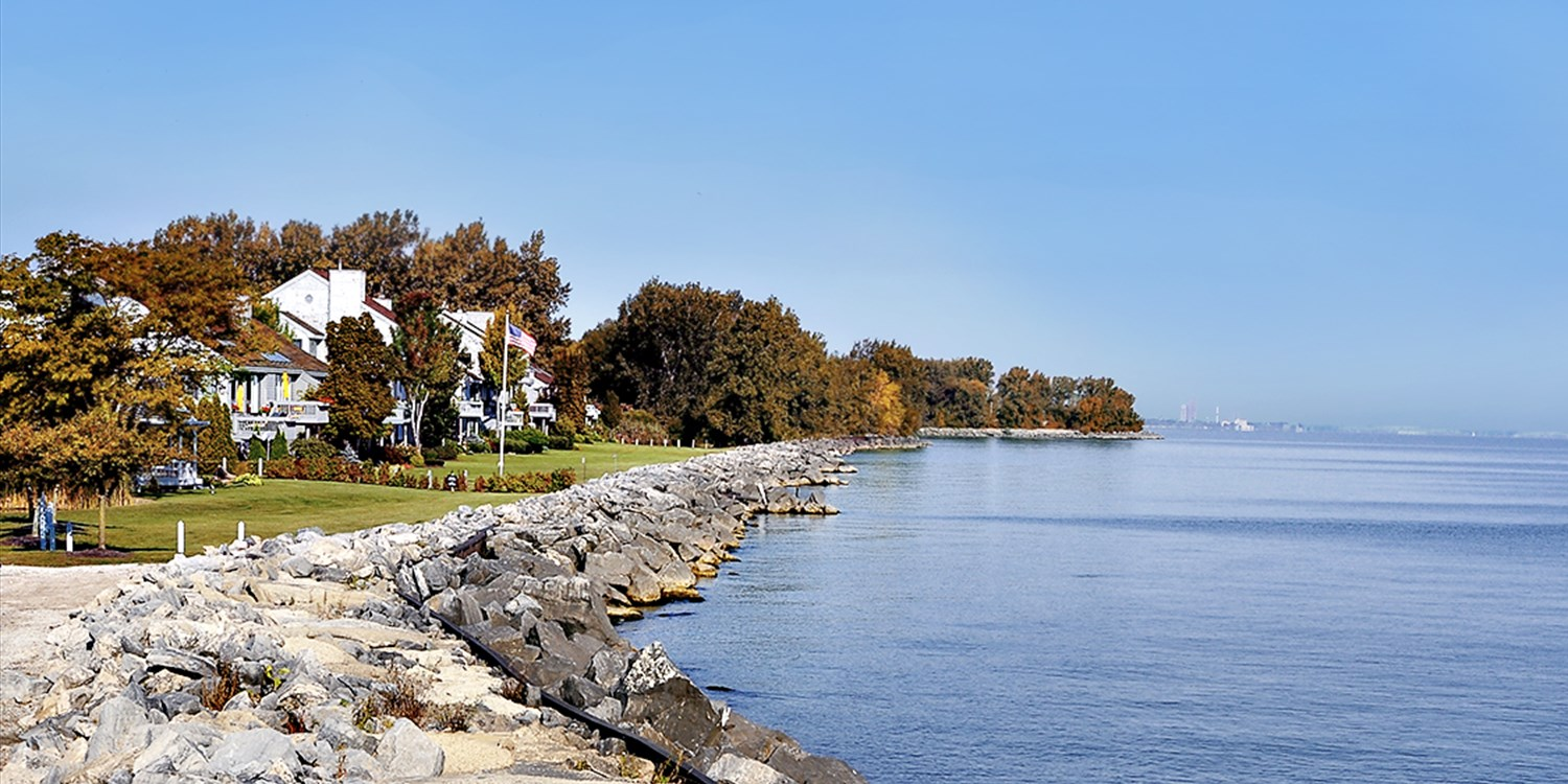 $99 -- Ohio: Charming Lake Erie Resort incl. $25 Credit