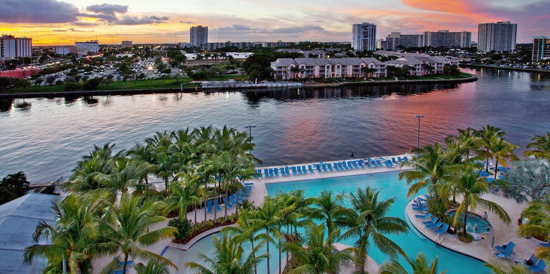 Crowne Plaza Hotel - Hollywood Beach Resort -- Hollywood, FL