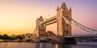 $169 -- Thames Dinner Cruise for 2 inc Drinks & Live Music