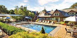 $99 -- Vermont Mountain Escape w/Spa & Dining Credits