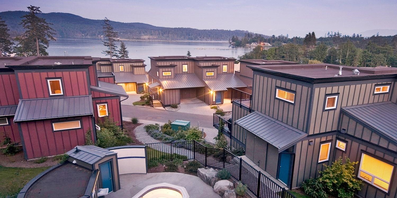£95 – Sooke: 2-Bedroom Suite w/Water Views, 30% off -- Sooke, Canada