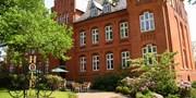 139 € -- Husum: Luxushotel in besonderer Kulisse, -42%