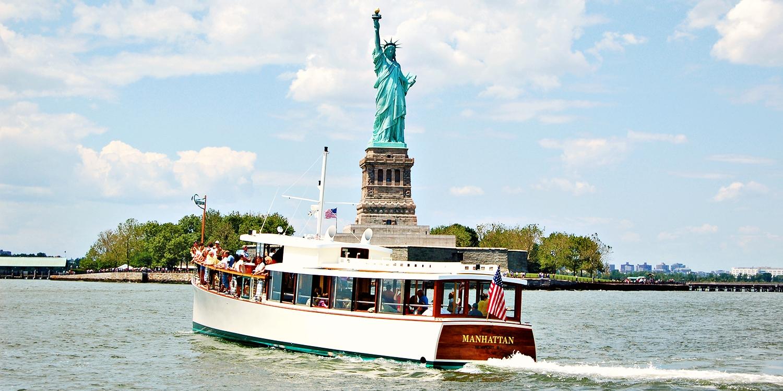 $32 -- Yacht Manhattan Skyline Cruise with Drink, Reg. $42