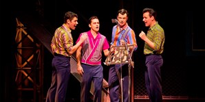 £65 & up -- 'Jersey Boys' Top Ticket & Free Dinner inc Wine