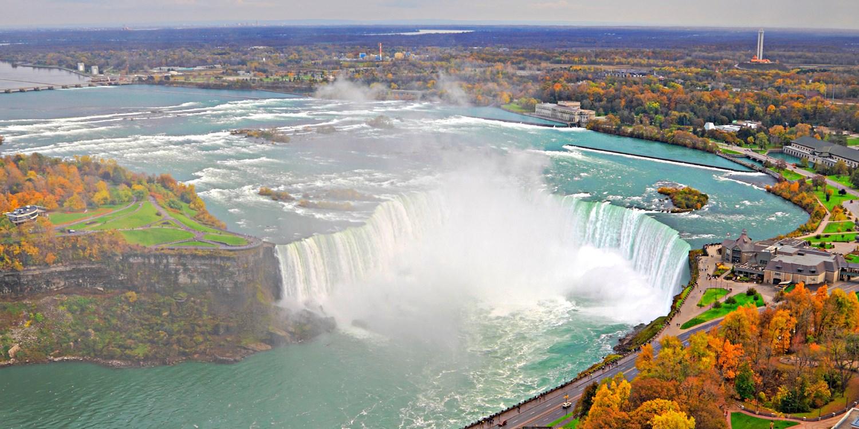 Travelzoo Deal: $65 -- Niagara 'Choose-Your-Own' Getaway, Save 70%