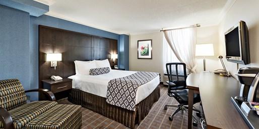$109 -- Toronto Airport Hotel w/8 Days of Parking, Reg. $145