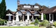 £149 -- 'Stylish' Berkshire Stay w/Dinner, Was £234