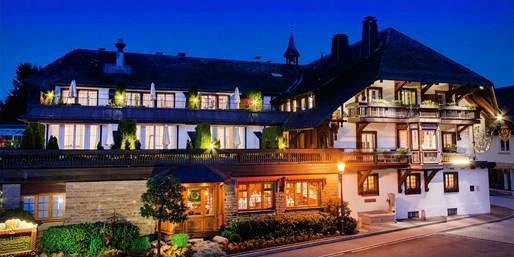 179 € -- Winterromantik im Schwarzwald mit Dinner, -43%