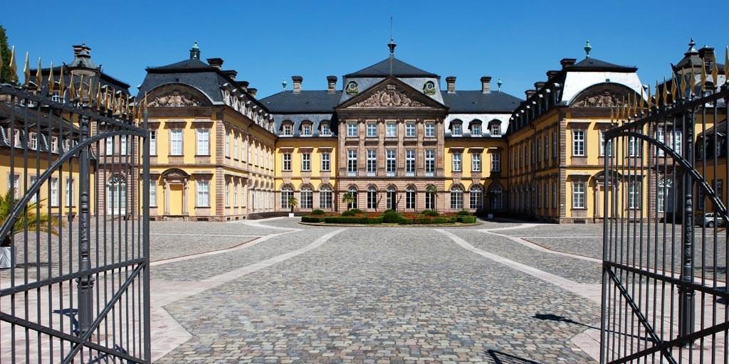 99€-119€ – Hessen: 4*-Auszeit am Schloss mit Dinner, -53% -- Arolsen