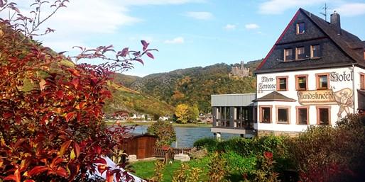 89 € -- Loreley: Auszeit am Rhein, Menü & Wein, -51%