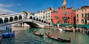 £279pp -- Venice & Lake Garda: Deluxe 5-Night Holiday w/Flts