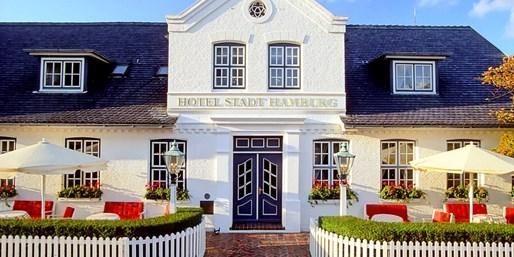 259 € -- Schönstes Hotel auf Sylt für 2 & Gourmetmenü, -34%
