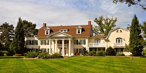 $349 -- Niagara-on-the-Lake: 2 Nts. w/Breakfast & $40 Credit