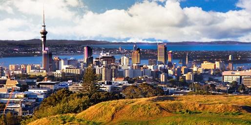 $1189 & up -- Auckland & Sydney Fares w/Fiji Stopover
