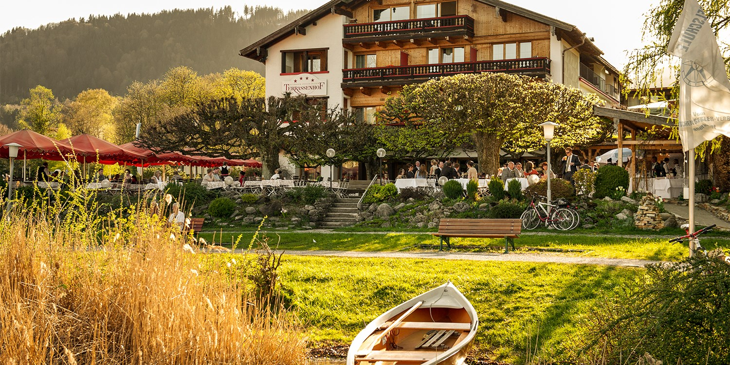 $177 & up – Bavaria: lakeside spa hotel stay, save 35% -- Bad Wiessee, Germany